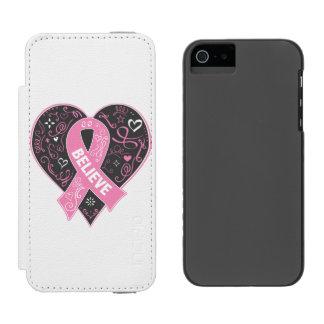 El cáncer de pecho cree el corazón de la cinta funda billetera para iPhone 5 watson