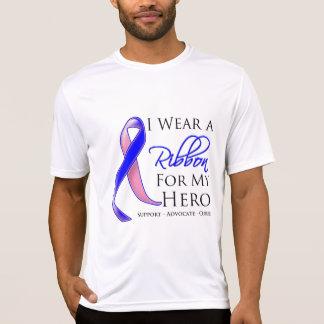 El cáncer de pecho masculino llevo una cinta para  tee shirts