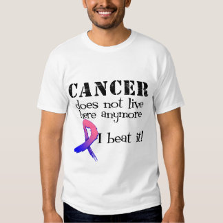 El cáncer de pecho masculino no vive aquí más playeras