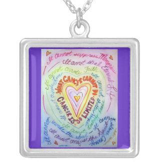 El cáncer del corazón del arco iris no puede hacer collar plateado