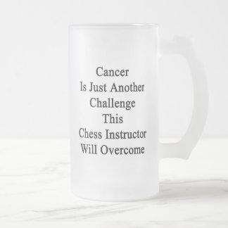 El cáncer es apenas otro desafío este ajedrez taza de cristal