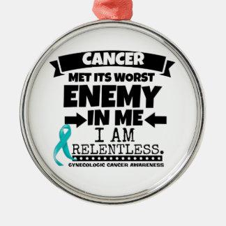 El cáncer ginecológico hizo frente a su enemigo adorno navideño redondo de metal