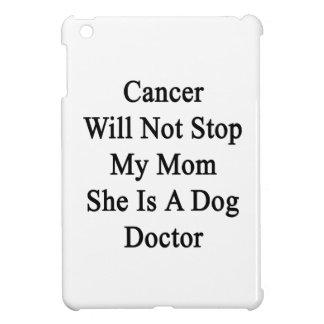 El cáncer no parará a mi mamá que ella es doctor
