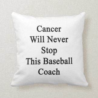 El cáncer nunca parará a este entrenador de béisbo almohadas