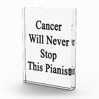 El cáncer nunca parará a este pianista