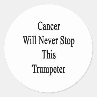 El cáncer nunca parará a este trompetista pegatinas redondas