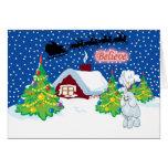 El caniche cree en el navidad de Santa Tarjeta