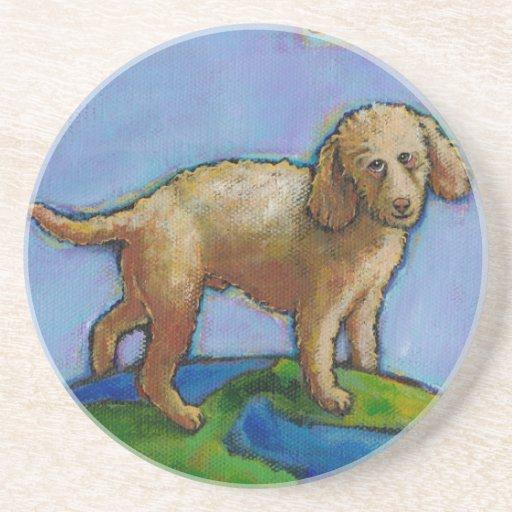 El caniche es el mejor perro en la pintura linda posavaso para bebida