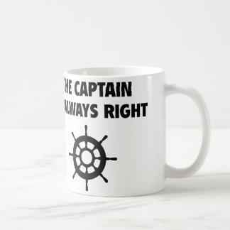El capitán Is Always la Right Taza Básica Blanca