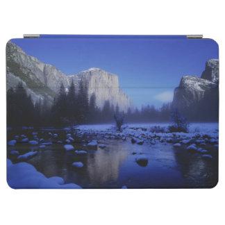 El Capitan Mountain, Yosemite National Park, iPad Air Cover