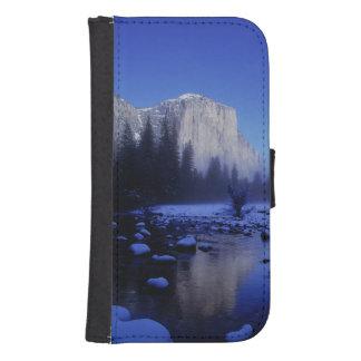 El Capitan Mountain, Yosemite National Park, Phone Wallet