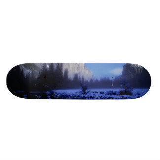 El Capitan Mountain, Yosemite National Park, Skateboard