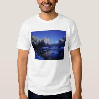 El Capitan Mountain, Yosemite National Park, T-Shirt