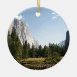 EL Capitan, parque nacional de Yosemite Adorno Navideño Redondo De Cerámica
