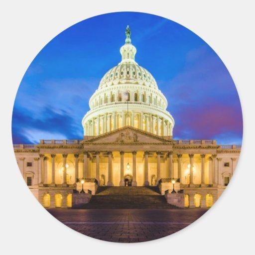 El capitolio de Estados Unidos en la hora azul Etiqueta Redonda