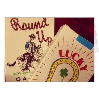 El caramelo fuma la tarjeta de felicitación