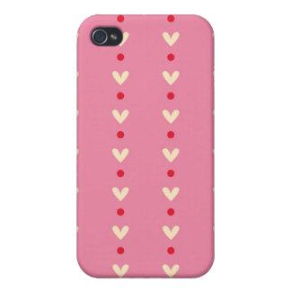 El caramelo rosado retro de los corazones rayó el  iPhone 4/4S fundas