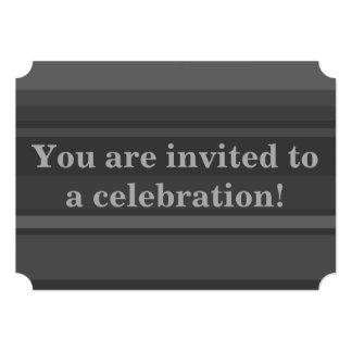 El carbón de leña raya la invitación
