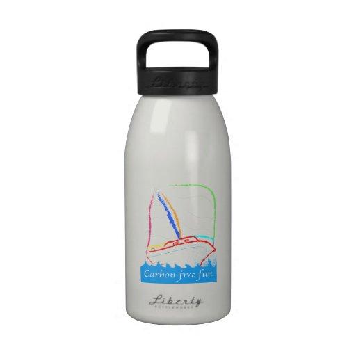 El carbono libera botella de agua reutilizable