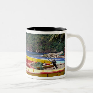 El Caribe, BWI, St Lucia, veleros, Soufriere. Taza De Dos Tonos