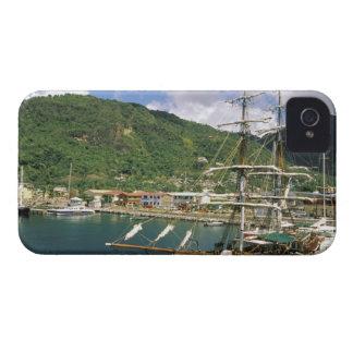 El Caribe, St Lucia, Soufriere. Barcos adentro iPhone 4 Case-Mate Cobertura