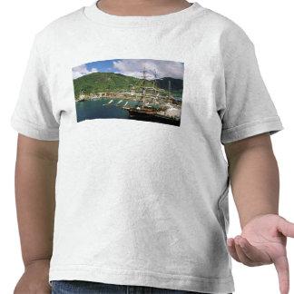 El Caribe, St Lucia, Soufriere. Barcos adentro Camiseta