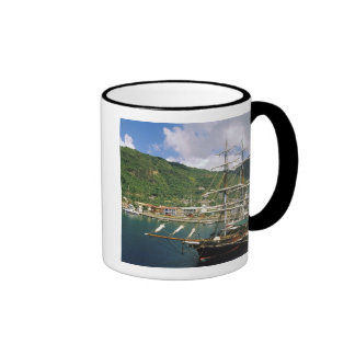 El Caribe, St Lucia, Soufriere. Barcos adentro Taza De Dos Colores