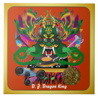 El carnaval D.J. Dragon rey visión hace alusión po Azulejo Ceramica