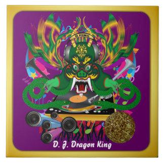 El carnaval D.J. Dragon rey visión hace alusión po Tejas Ceramicas