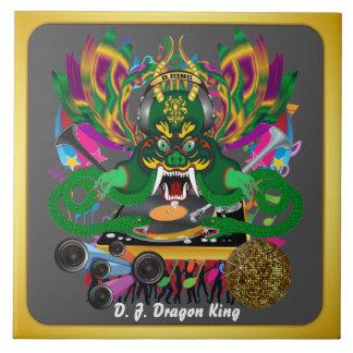 El carnaval D.J. Dragon rey visión hace alusión po Azulejos