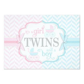 El carro de bebé azul y rosado hermana la fiesta invitación 12,7 x 17,8 cm