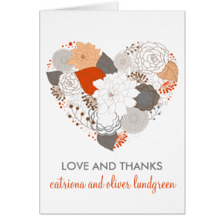 El casarse anaranjado y gris de las flores del tarjeta pequeña