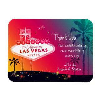 El casarse atractivo de Las Vegas le agradece Iman Flexible