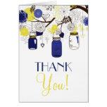 El casarse azul y amarillo de los tarros de felicitaciones