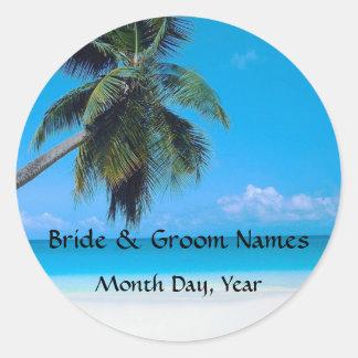 El casarse en la playa pegatina redonda