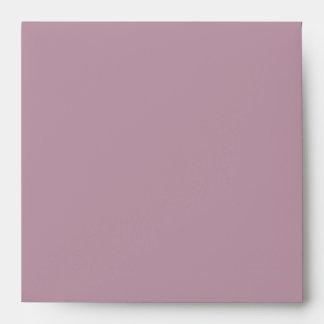El casarse grabado en relieve terciopelo rosado de sobre