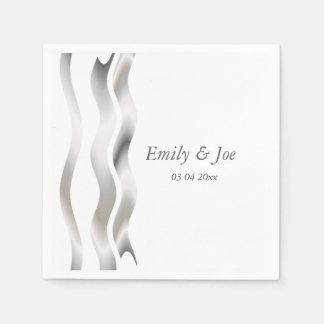 El casarse gris y blanco de las cintas de satén servilleta desechable