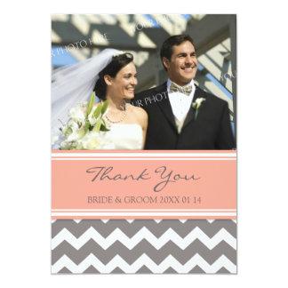 """El casarse le agradece las tarjetas Chevron gris Invitación 5"""" X 7"""""""