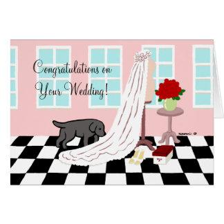 El casarse negro de la enhorabuena de Labrador Tarjetón