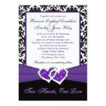 El casarse púrpura blanco negro de los corazones invitación