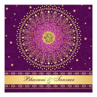 El casarse púrpura hindú de las volutas del oro de anuncio personalizado
