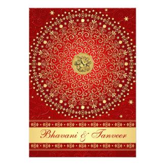 El casarse rojo hindú de las volutas del oro de Ga Invitacion Personalizada