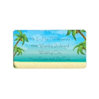 El casarse tropical de la playa y de las palmeras etiquetas de dirección