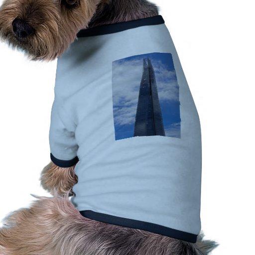 El casco camisetas de mascota