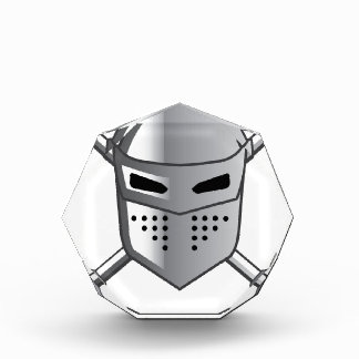 El casco del caballero y vector cruzado de las