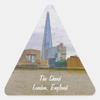 El casco, el río Támesis, Londres, Inglaterra Pegatina Triangular