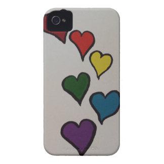 El caso de Barely There de los corazones Case-Mate iPhone 4 Cárcasas