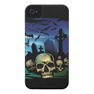 El caso frecuentado del iPhone 4 del cementerio iPhone 4 Protectores