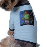 El casquillo de pensamiento ropa de mascota