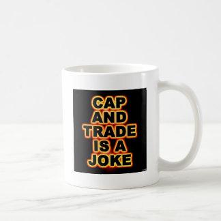 El casquillo y el comercio es un chiste taza clásica